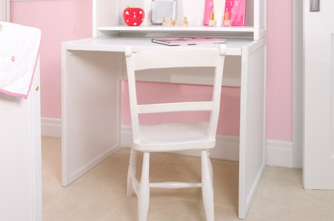 Children S Small White Desk Cbc