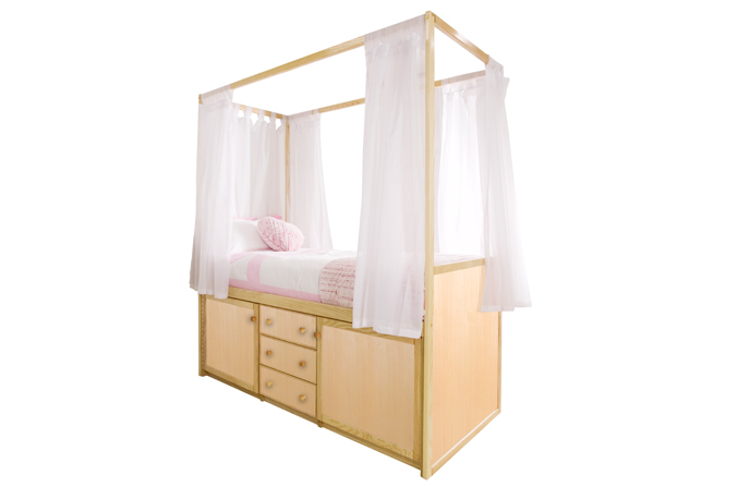 Children 39 s wooden four poster bed cbc for Wooden four poster bed