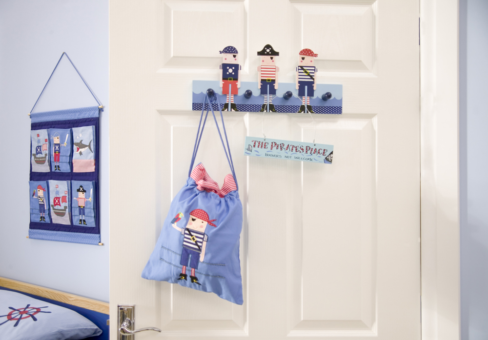 Kids Bedroom Furnishings in the Pirate Theme