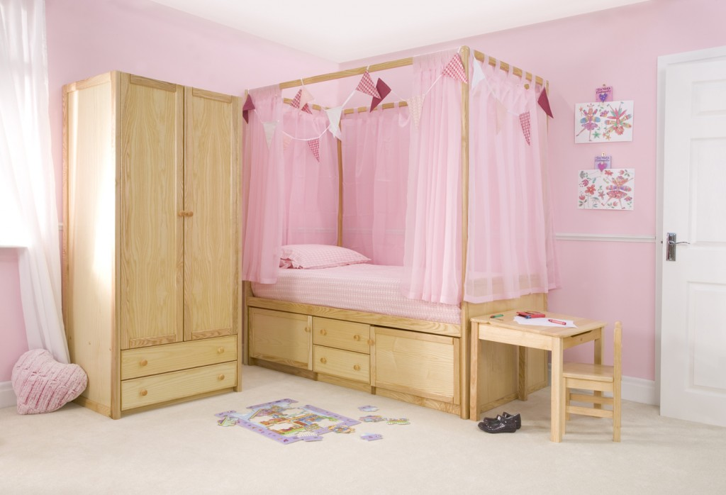 Novelty Beds for Kids - Childrens Four Poster Beds