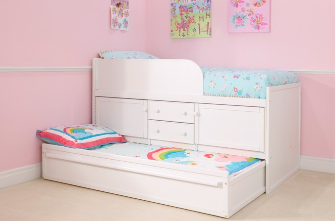 White Sleepover Bed With Storage