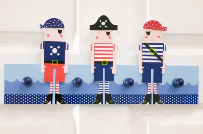 Pirates Peg Rail