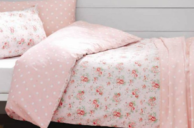 Spray Flowers Double Bed Linen