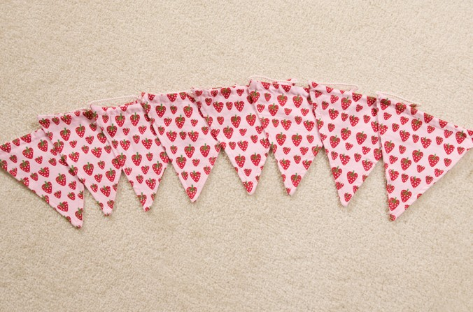 Strawberry Patch Bunting