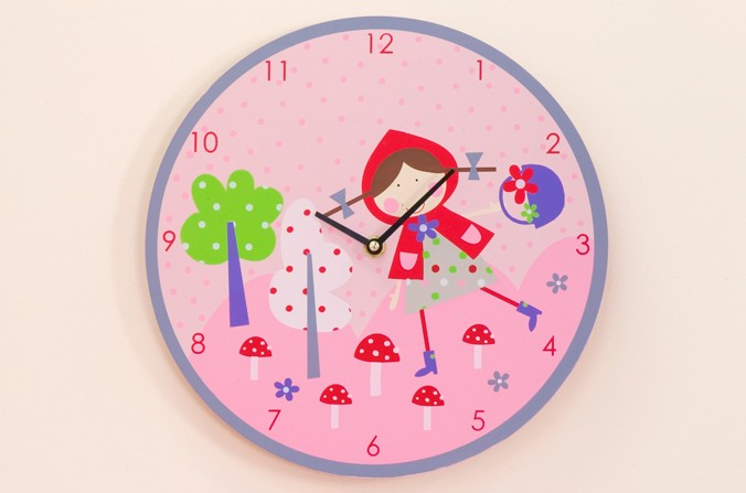 Strawberry Patch Clock