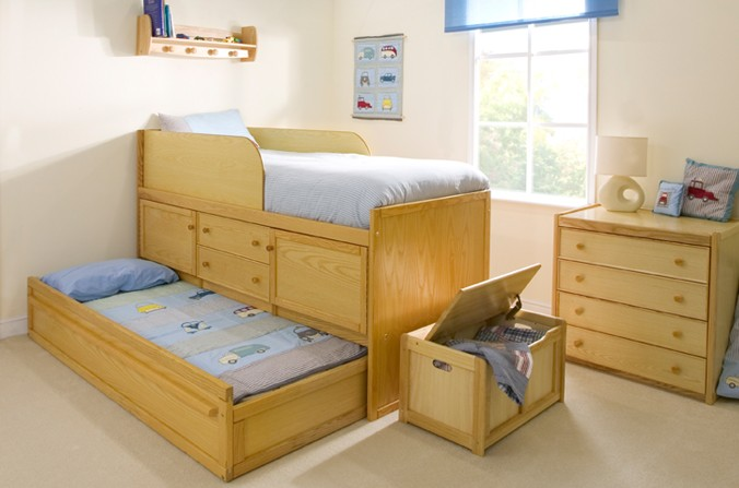 Wooden Sleepover Bed with Storage