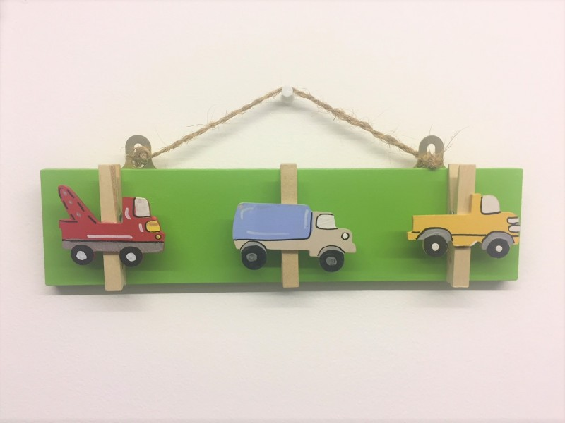 Three Pegs - Lorries