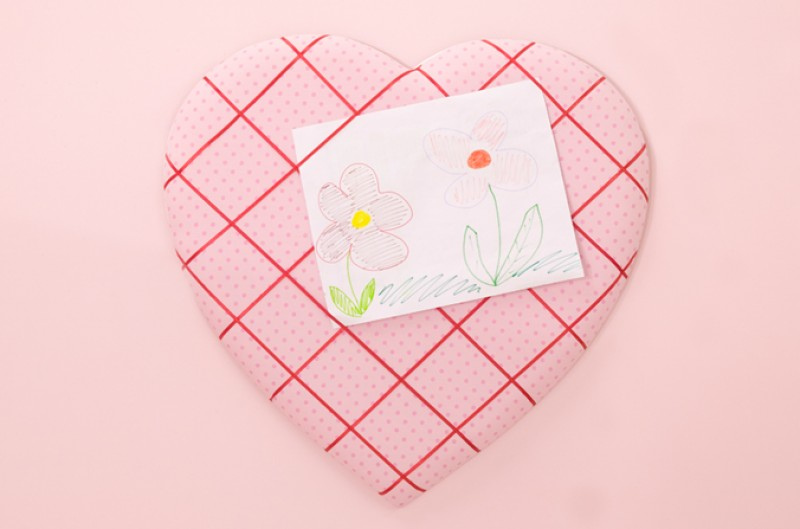 Pink Heart Shaped Memo Board