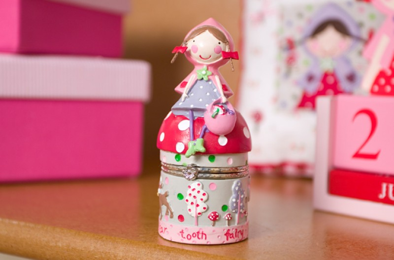 Strawberry Patch Tooth Box