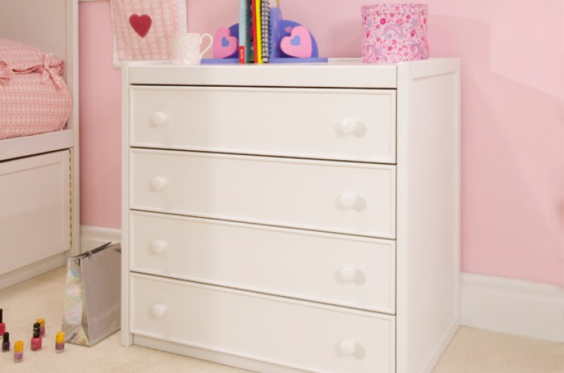 Children's White Chest of Drawers