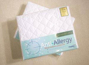 Anti-allergy mattress protector