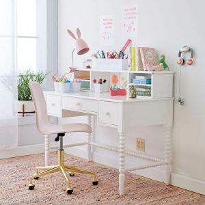 Pretty girls work space